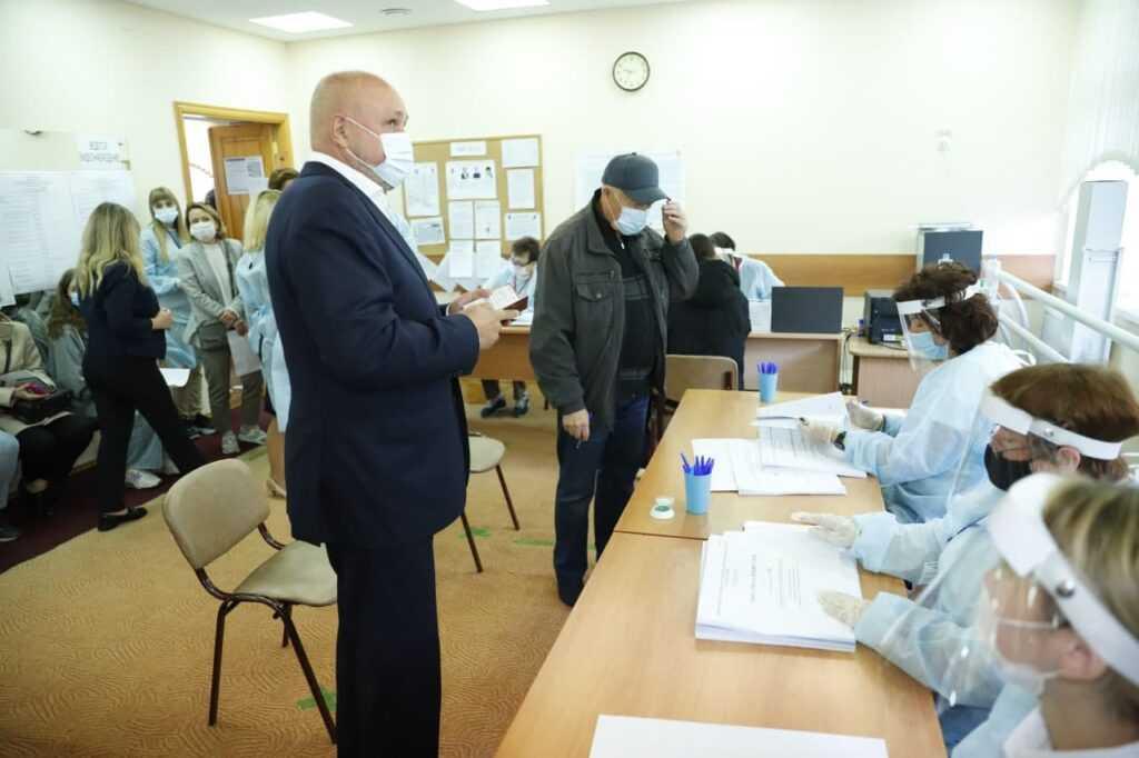 Губернатор Сергей Цивилев проголосовал на выборах в Государственную думу Российской Федерации