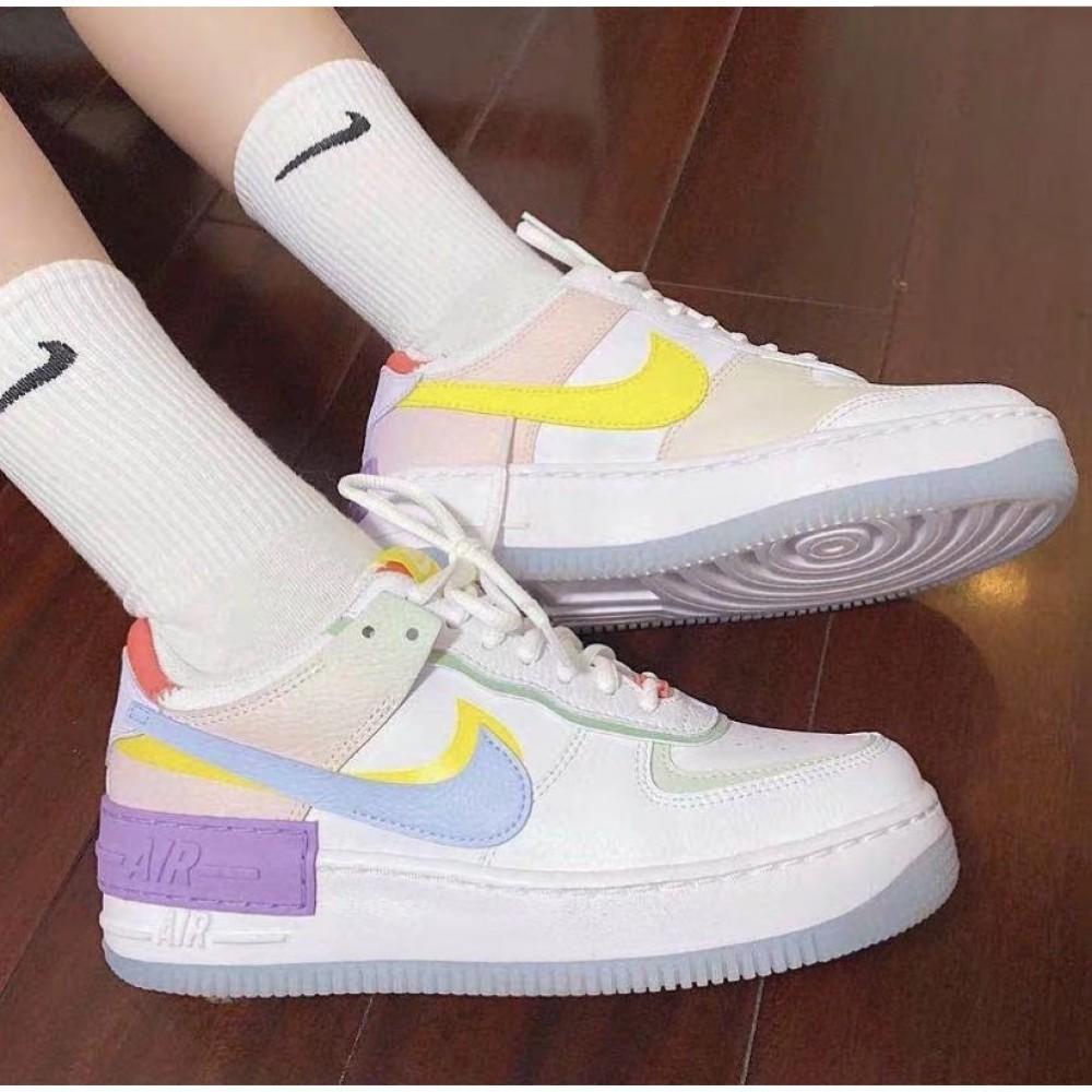 Уникальные кроссовки Nike Air Force
